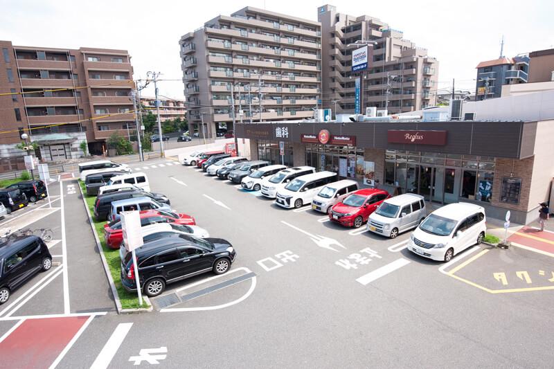 パセオ野間大池の無料大型駐車場